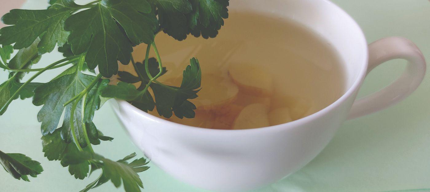čaj od peršina